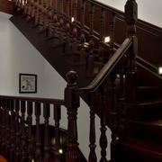 小复式楼实木楼梯装修扶手图