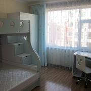 卧室双层床装修飘窗图