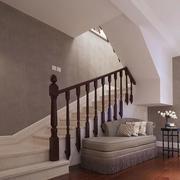 阁楼实木楼梯装修整体设计