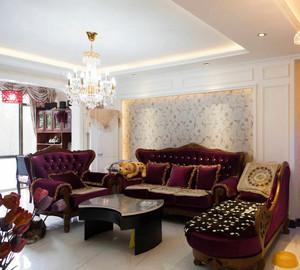 90平米富丽堂皇的欧式沙发背景墙效果图