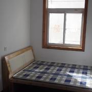 小房间装修床铺图