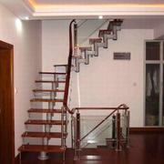 阁楼楼梯装修脚踏板图
