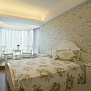 小卧室装修背景墙图