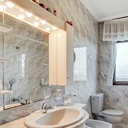 卫生间装修窗帘图