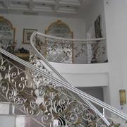 铁艺旋转楼梯装修设计图