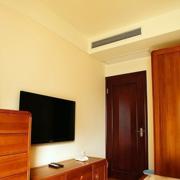 卧室电视背景墙装修灯光设计