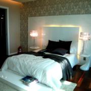 卧室设计装修台灯图
