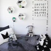 纯白色儿童房装修图