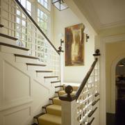 小复式楼实木楼梯装修背景墙