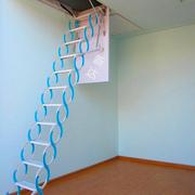 小型铁艺楼梯设计