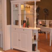 欧式酒柜装修实木图