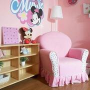 儿童房卧室壁纸装修桌椅图