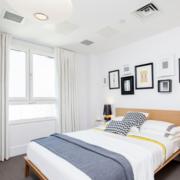 纯白色卧室装修图