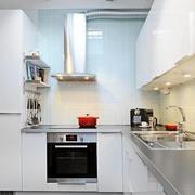 高贵厨房装修效果图