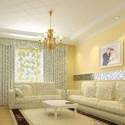 暖色的客厅飘窗设计图