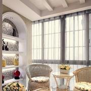 阳台装修窗帘图