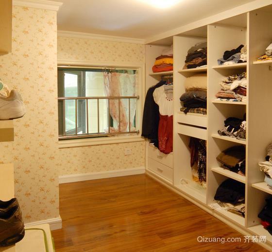 北欧风格开放式衣帽间衣柜装修设计效果图