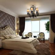 卧室背景墙装修床头灯