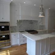 白色厨房装修布局设计