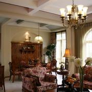 暖色调客厅飘窗装修图