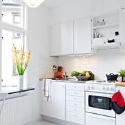 纯白色调厨房装修