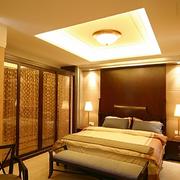 暖色调卧室装修图