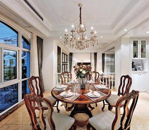 单身公寓韵味儿十足的美式客厅吊顶装修效果图