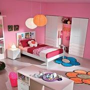 现代小卧室壁纸装修图