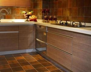 很有质感的实木厨房设计装修效果图鉴赏
