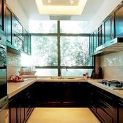 厨房石膏板吊顶橱柜图