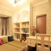 温暖卧室灯光设计