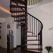 时尚楼梯装修效果图