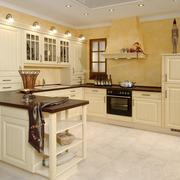 温馨的欧式厨房