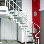 纯情色调楼梯设计