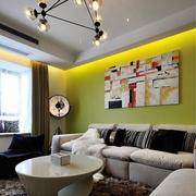 独特的沙发抽象画