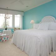 纯洁色调卧室设计