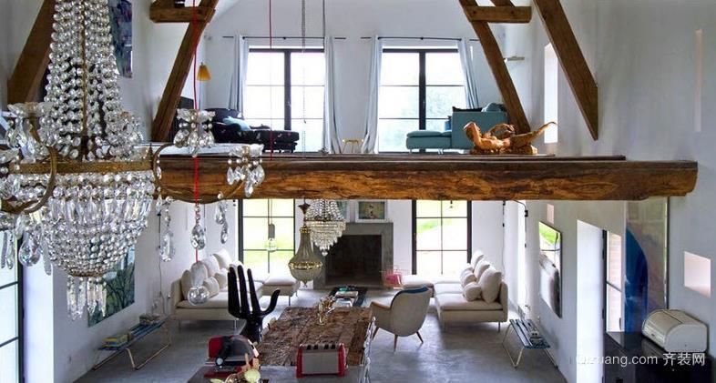 引人注意的复式楼客厅中空装修效果图