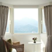 唯美客厅飘窗设计