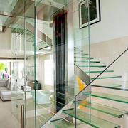 精致客厅玻璃隔断