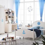纯情色调的儿童房