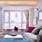 轻松现代客厅飘窗效果图