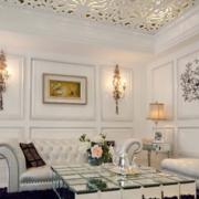 纯白色现代客厅