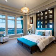 轻松飘逸卧室窗帘设计