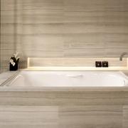精致浴室浴缸设计