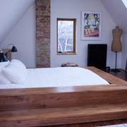 舒心的阁楼卧室设计