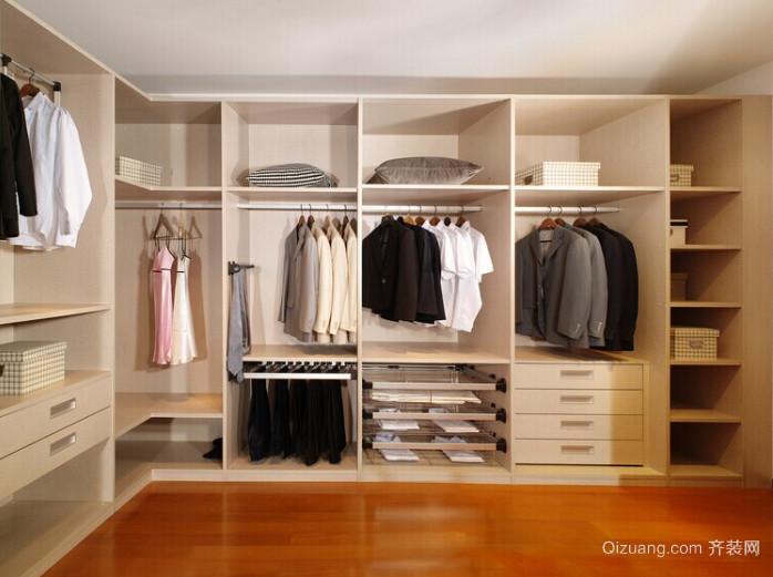 时尚淡雅大户型整体衣柜效果图
