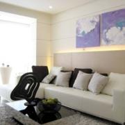纯白的沙发背景墙