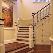 精美纯色的楼梯设计