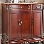 复古典雅的鞋柜