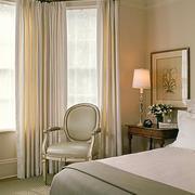 优雅温婉的卧室窗帘